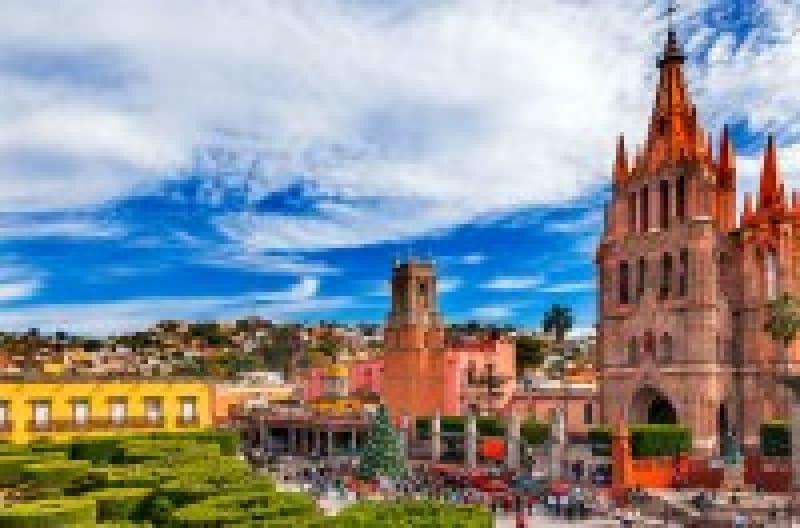 メキシコ独立戦争の舞台となった街、古都グアナフアトとその銀鉱群の歴史   wondertrip