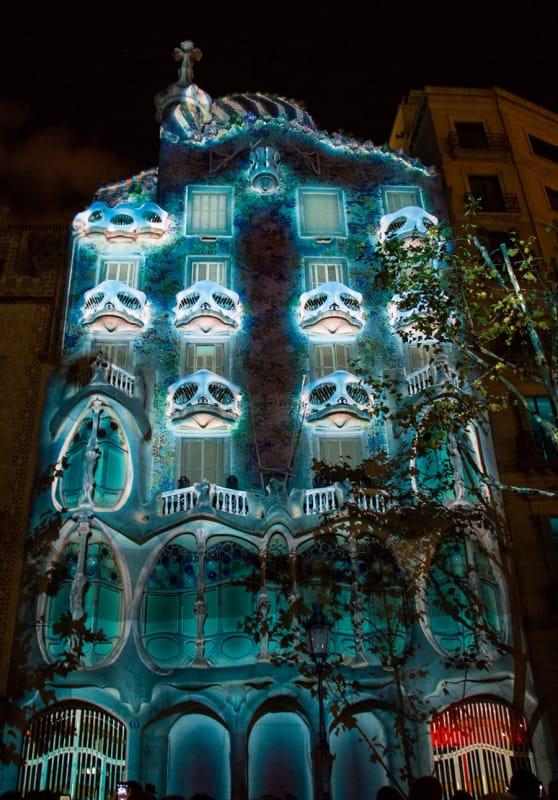 秋に訪れたい、バルセロナのメルセ祭