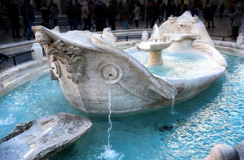 世界遺産「スペイン広場」とは?