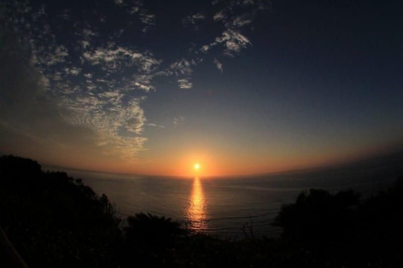 海からの日の出が美しい、知念岬公園