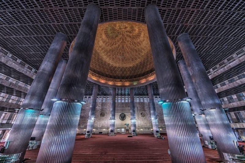 東南アジア最大のモスク・イスティクラル・モスク