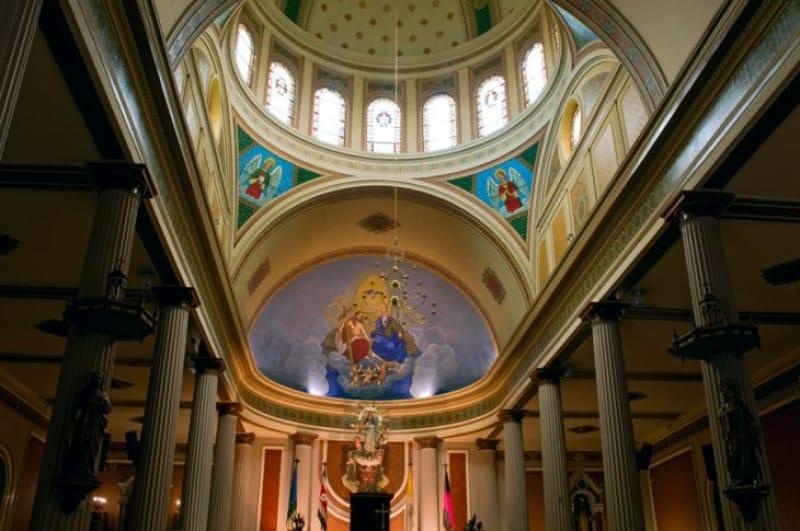 メトロポリタン大聖堂の美しい礼拝堂