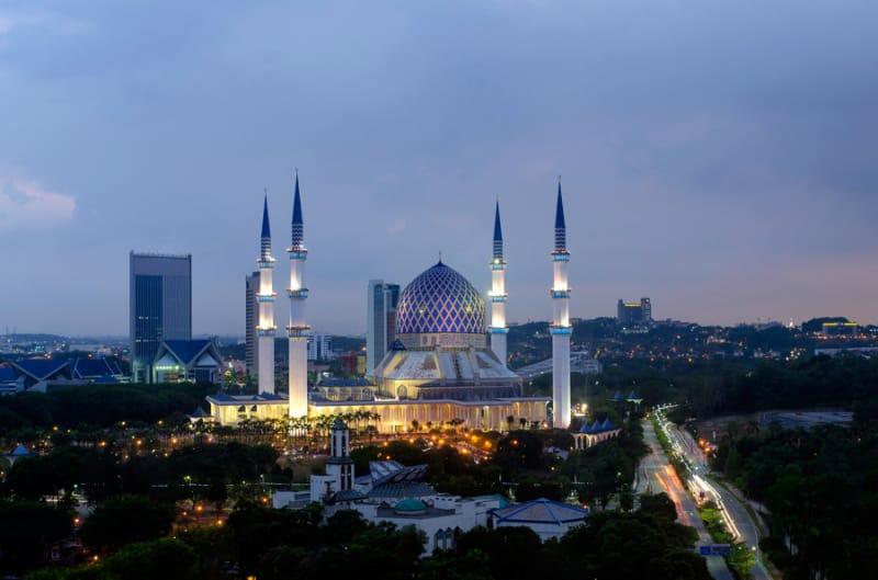 マレーシアを代表する、ブルーモスク
