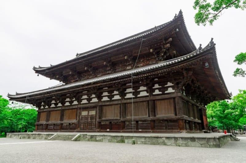 2-2.豊臣秀吉が寄進した「金堂」、僧が修行を見出す「食堂」