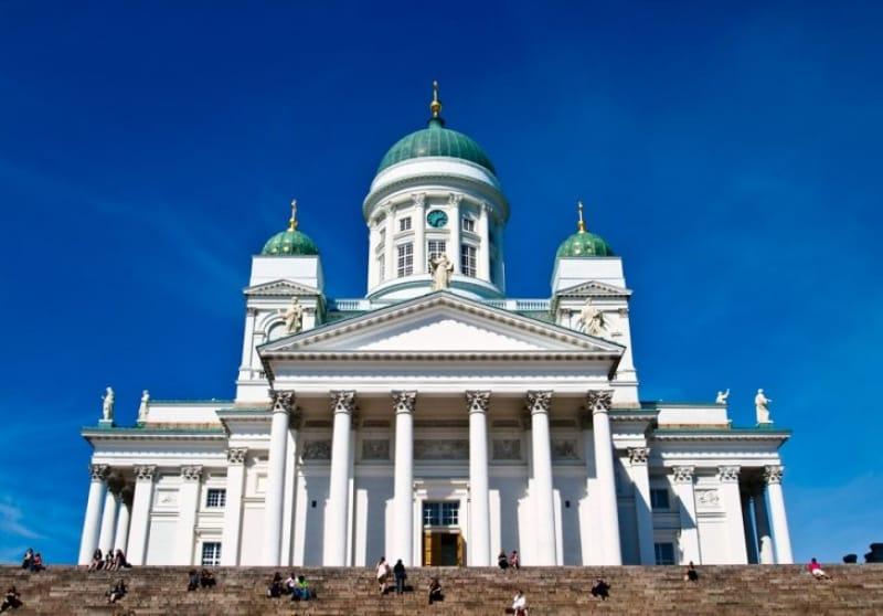 ヘルシンキのシンボル的存在 ヘルシンキ大聖堂