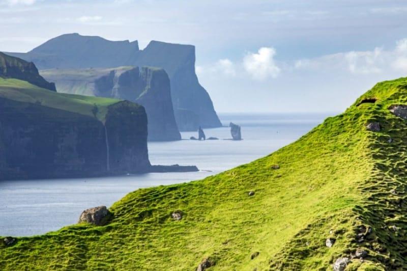 フェロー諸島の素晴らしい眺め
