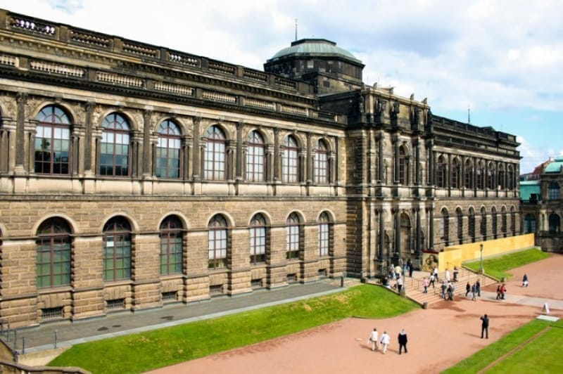 数多くの絵画が収められたアルテ・マイスター絵画館