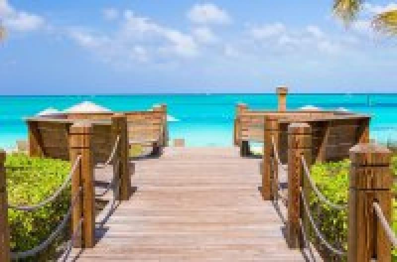 カリブ海の美しいビーチ『タークスカイコス諸島』の魅力 | wondertrip