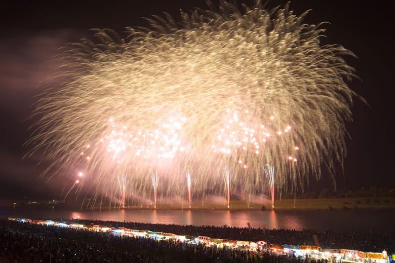 350年の歴史!西日本最大の『筑後川花火大会』