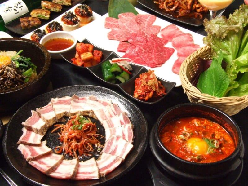 炭火焼肉・韓国料理 KollaBo